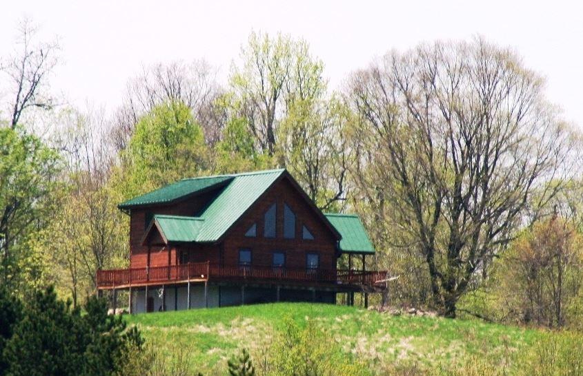 592 N SWEETBEE LN, BLUE GRASS, VA